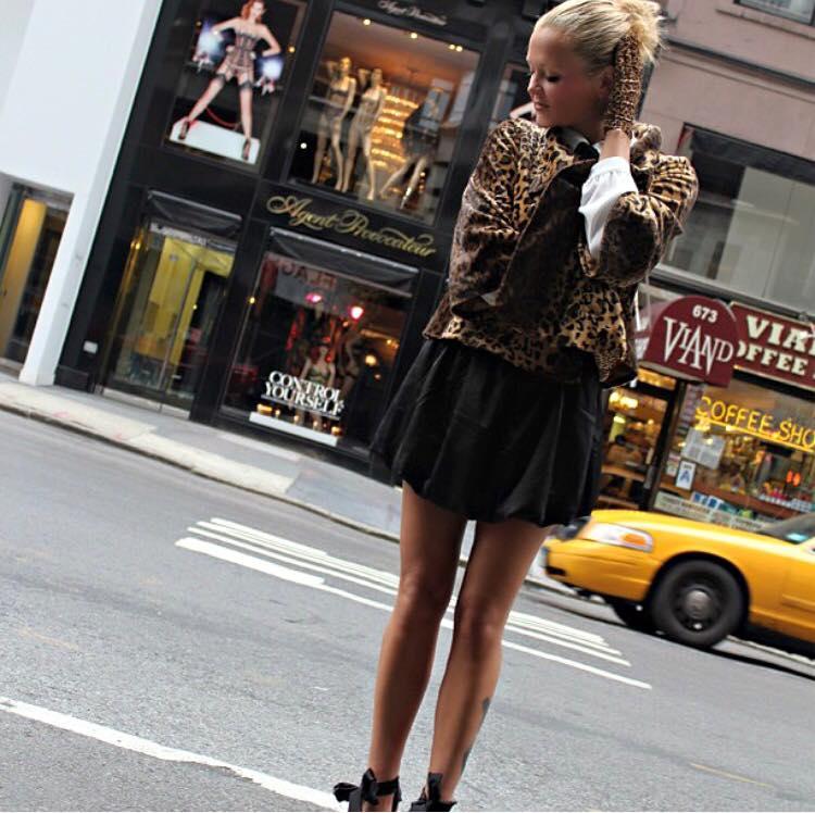 ストリートファッション, Street Fashion, Hoodie Dress | フーディードレス | コモスクエア | 田市