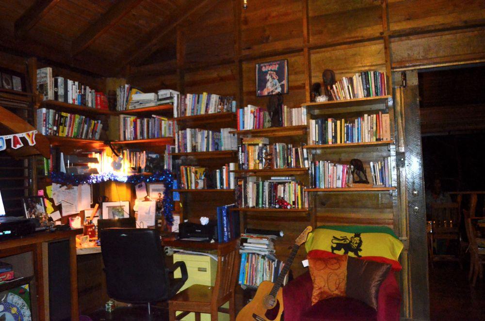 zimbali library.JPG