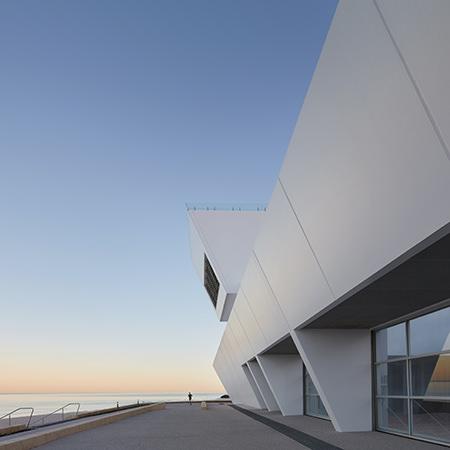 Project: City Beach Surf Club Location: Perth / Australia Coverage: Exterior / Landscape