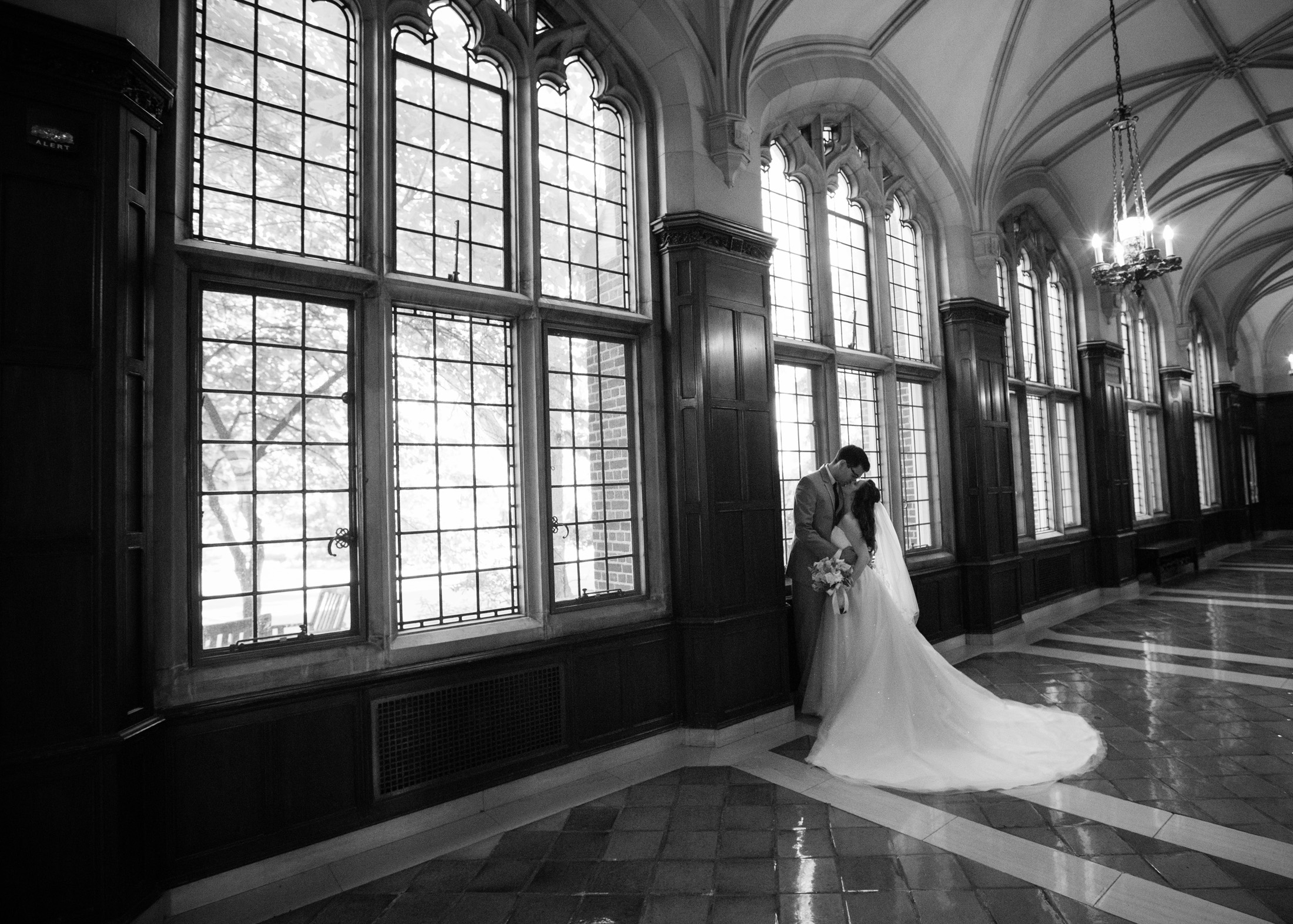 UofM_weddings_hull_melanie_reyes_047