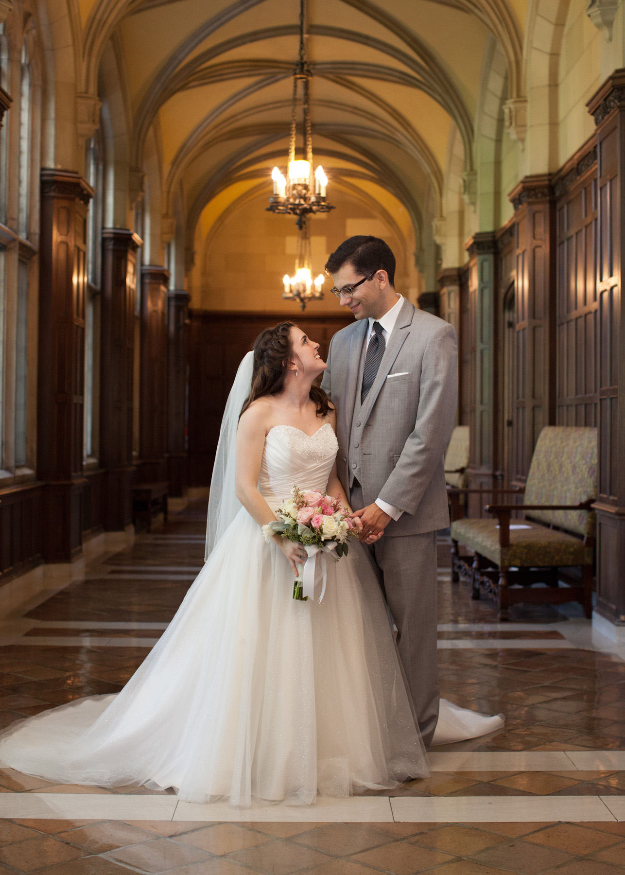 UofM_weddings_hull_melanie_reyes_050
