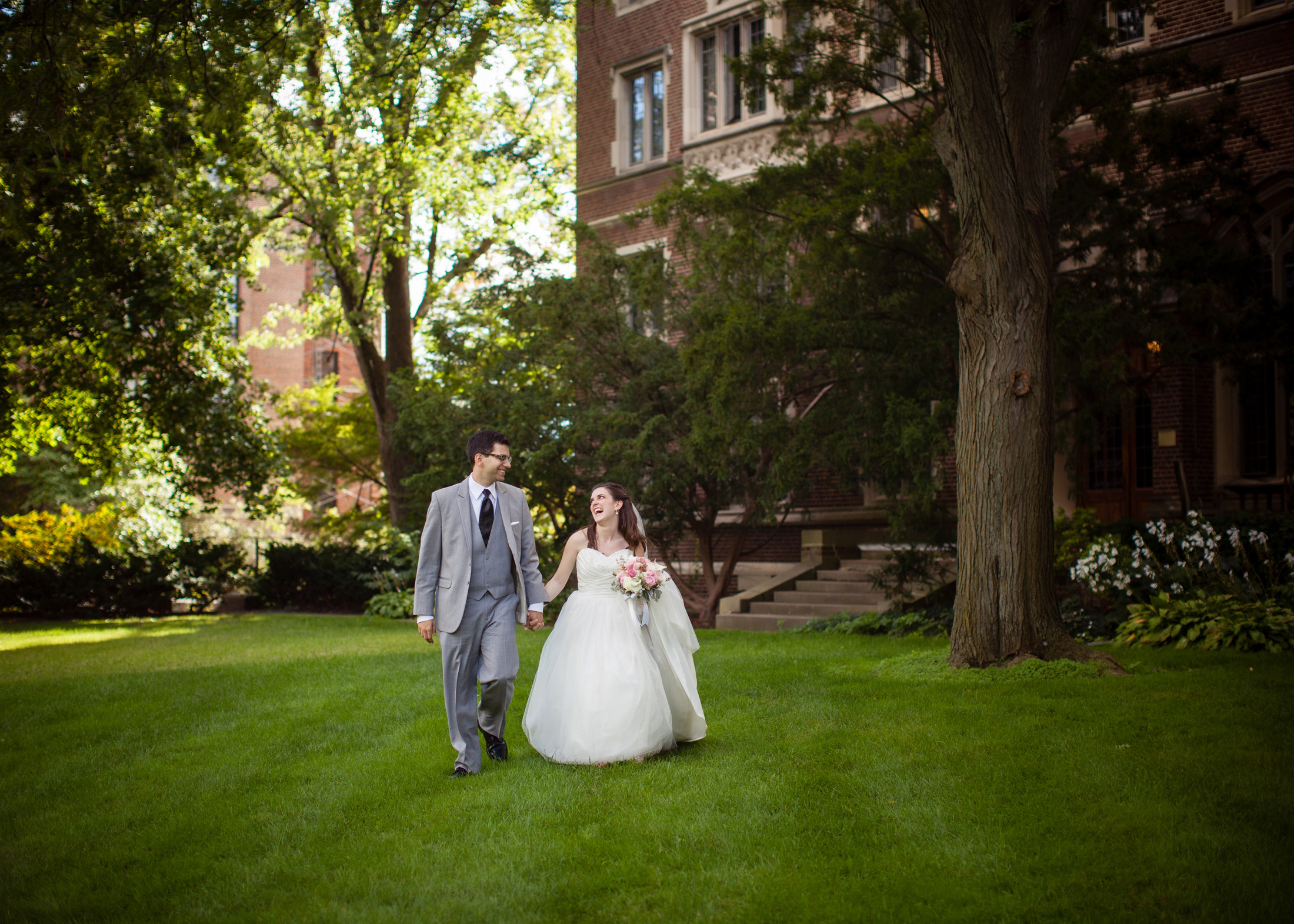UofM_weddings_hull_melanie_reyes_058