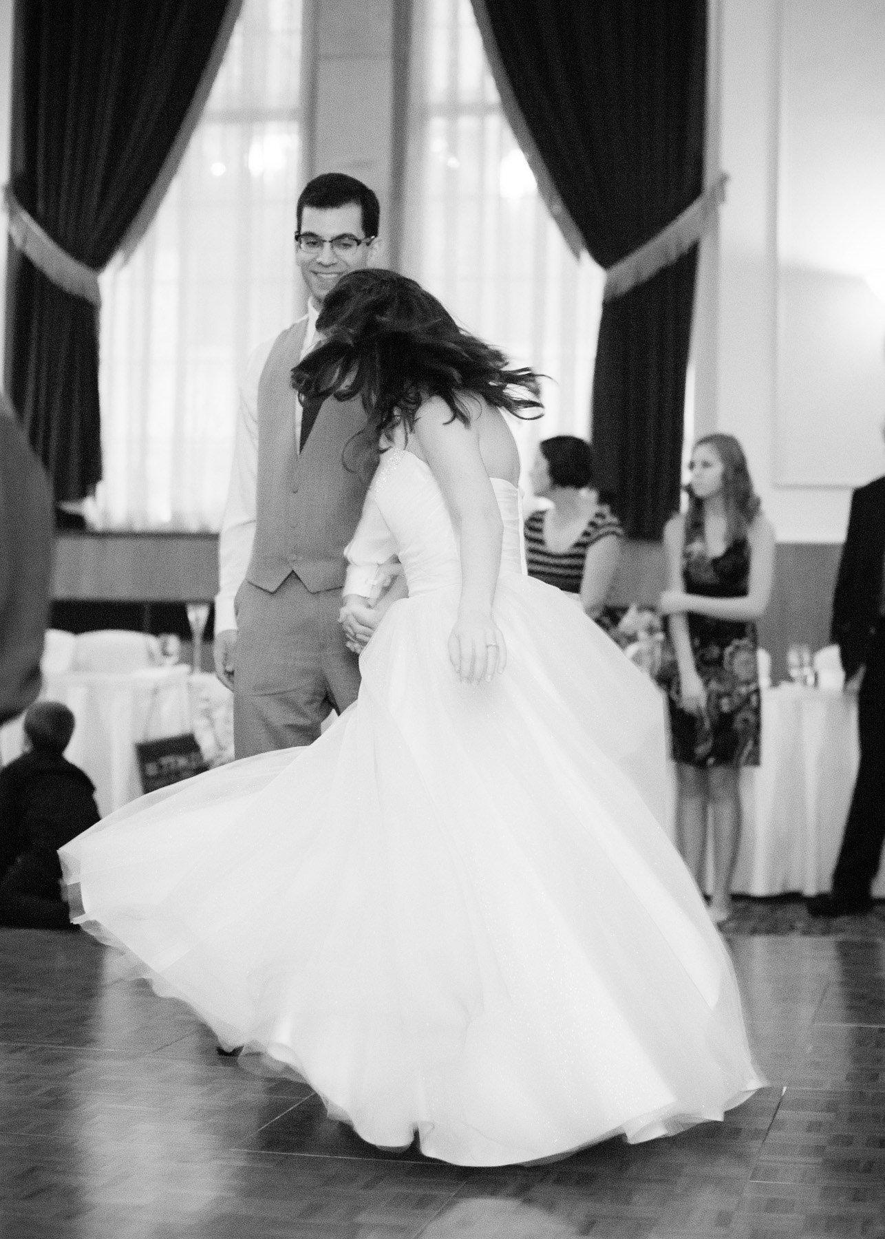 UofM_weddings_hull_melanie_reyes_070
