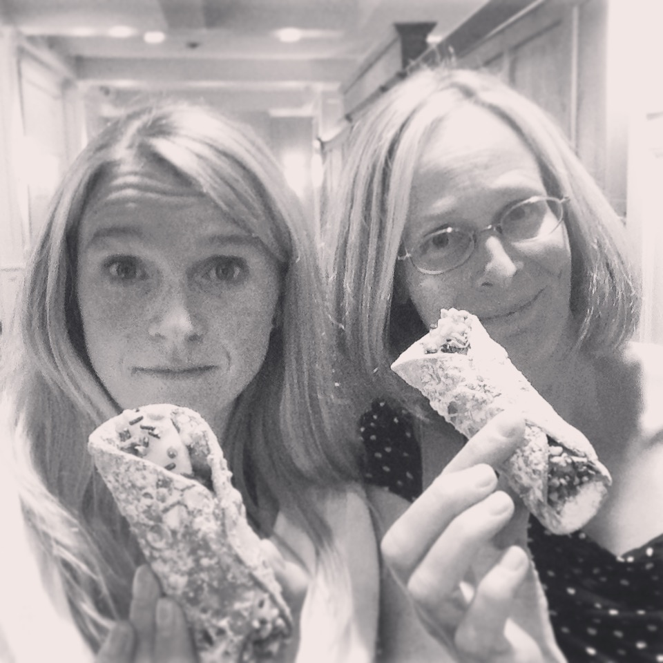 Post-Wedding Treat - Cannoli to go, pretty please! Mary & Matt's Wedding