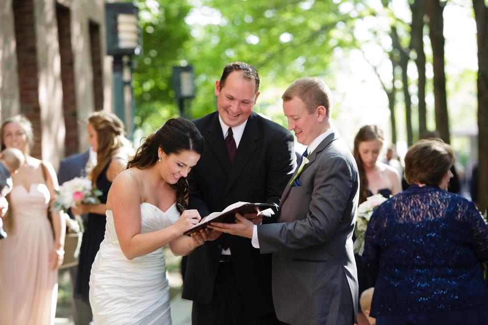 037_detroit_rattlesnake_club_wedding.JPG