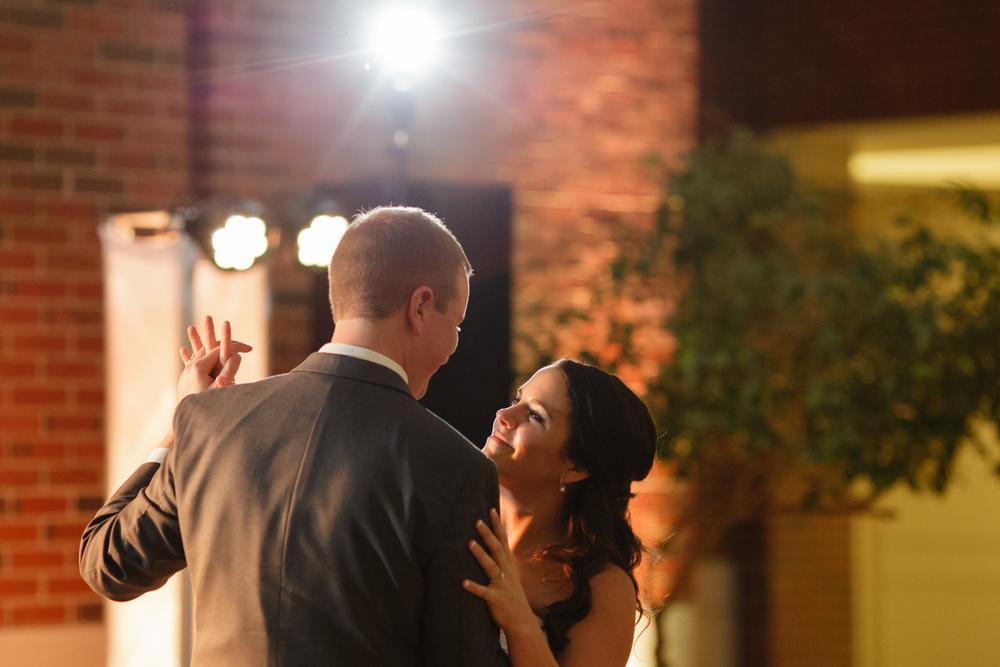 060_detroit_rattlesnake_club_wedding.JPG