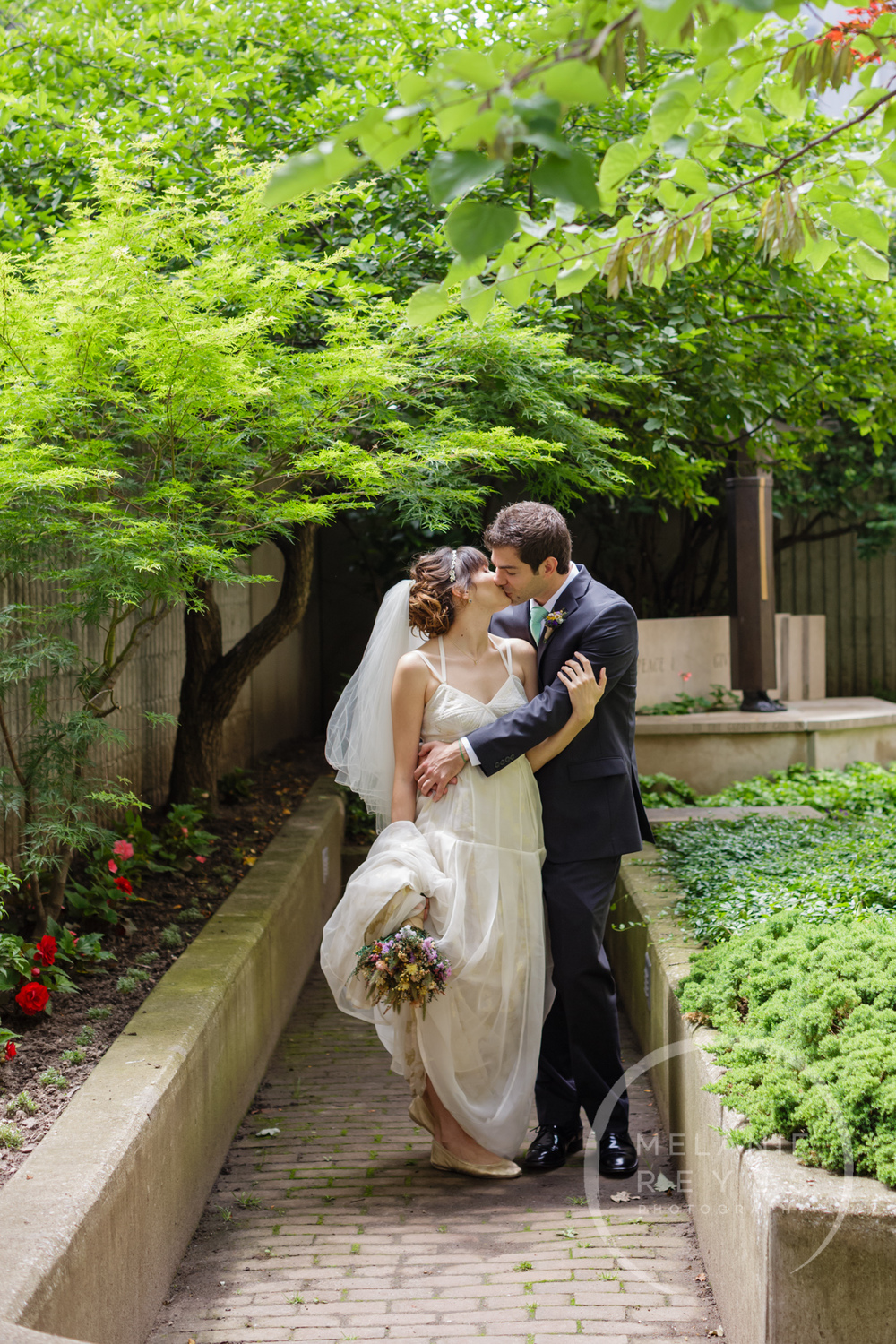 carlylewie_annarbor_wedding_-15.jpg