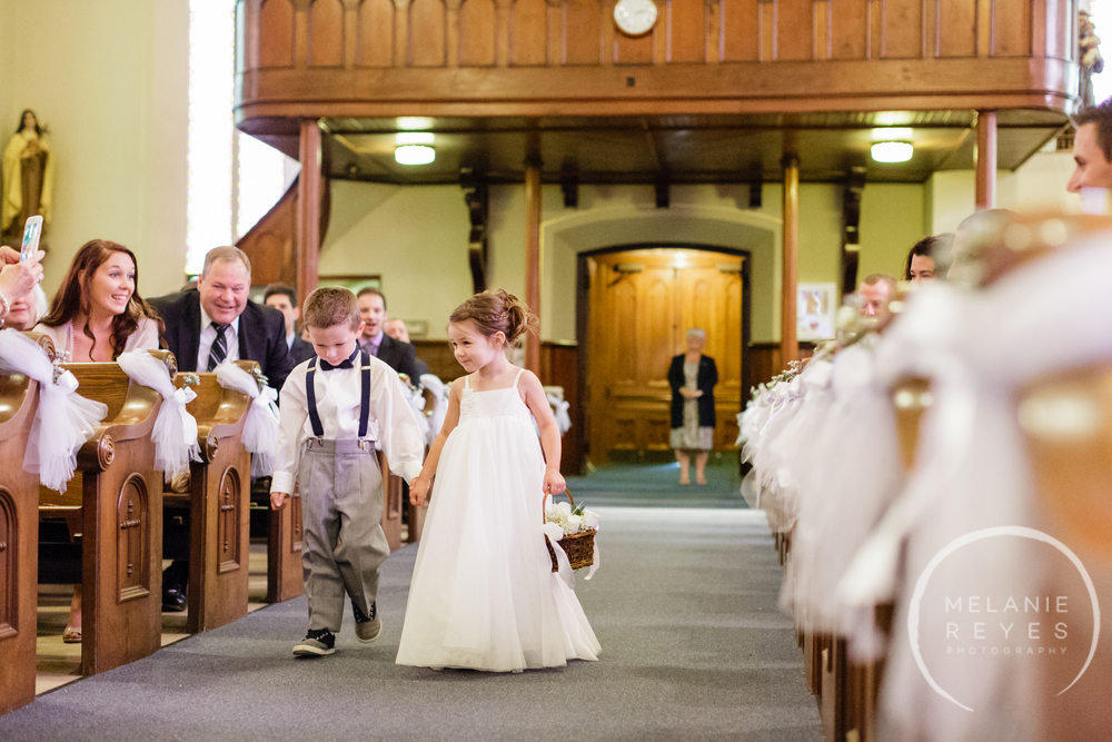 2015kidsinweddings_01202016post_13.jpg