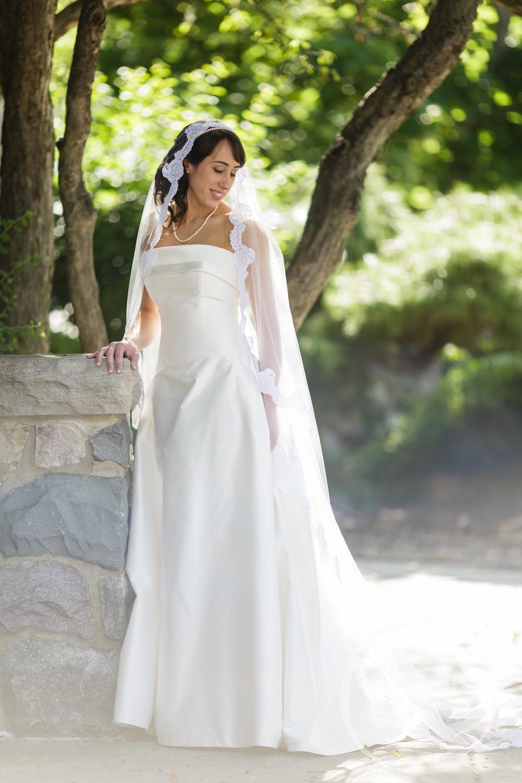 stthomas)gandydancer_wedding_melaniereyes_-15.jpg