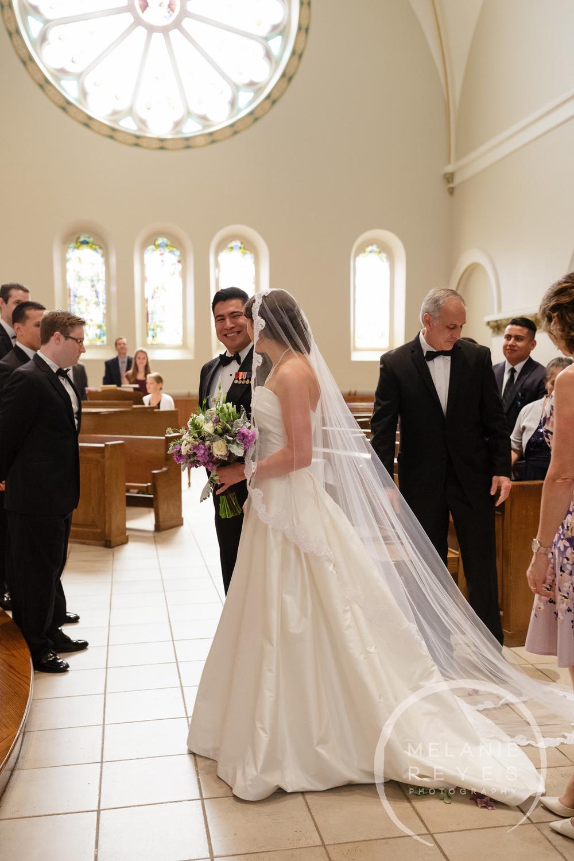 stthomas)gandydancer_wedding_melaniereyes_-32.jpg