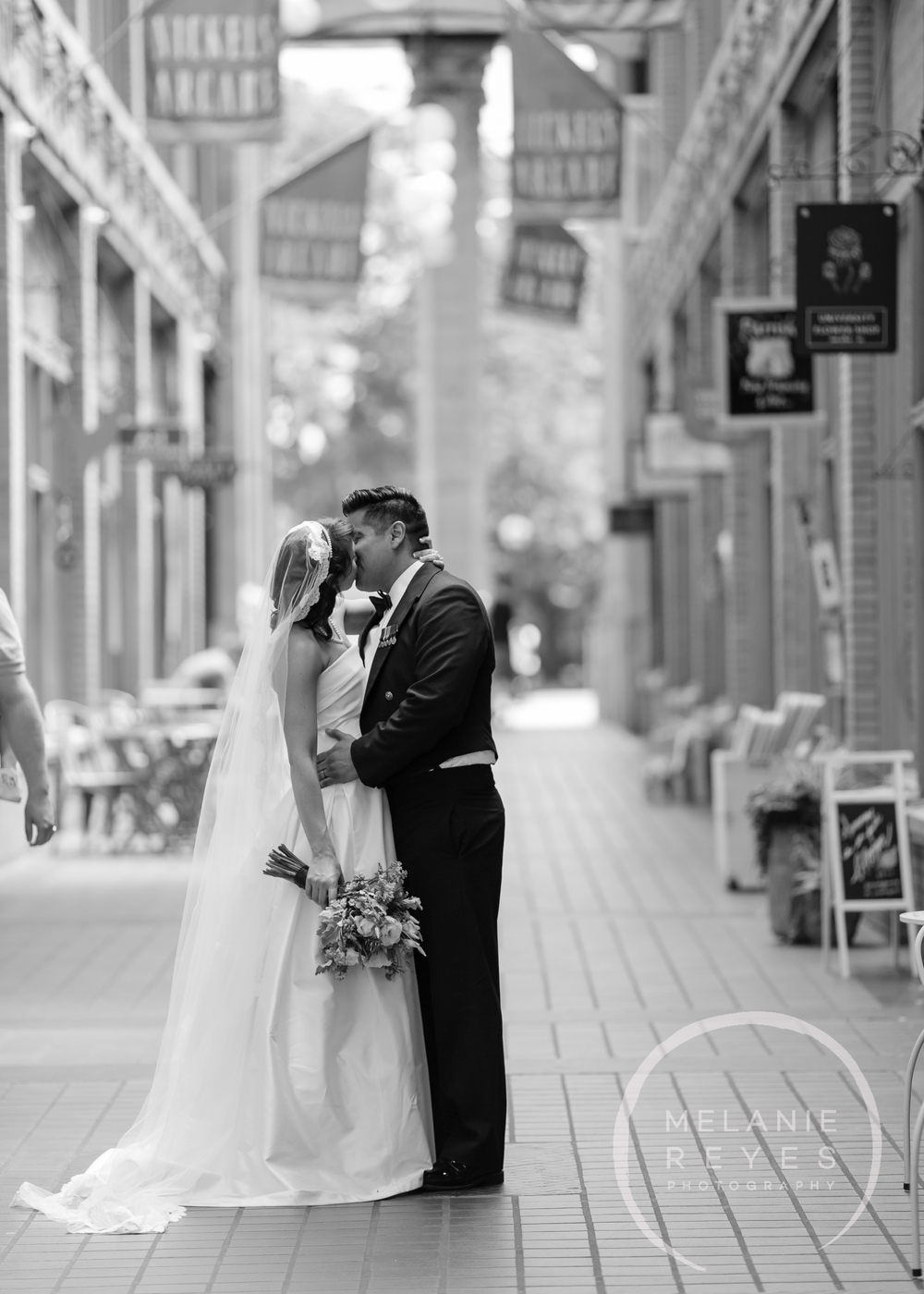 stthomas)gandydancer_wedding_melaniereyes_-59.jpg