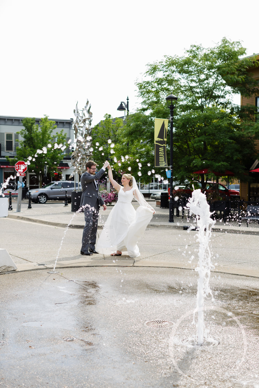 057_grandrapids_wedding_photographer_melaniereyes.JPG