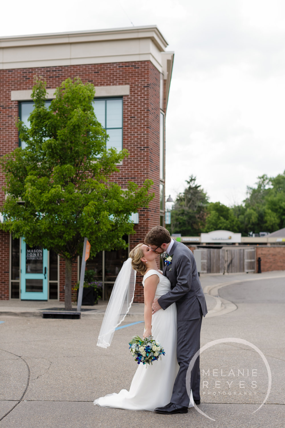 063_grandrapids_wedding_photographer_melaniereyes.JPG