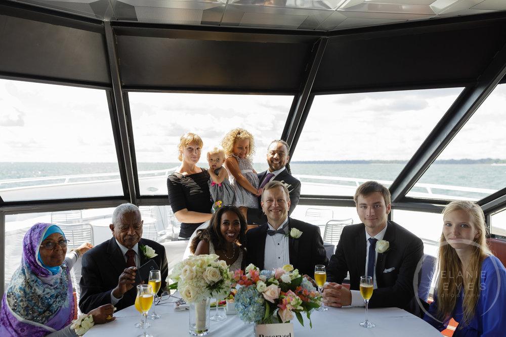 infinity_ovation_yacht_wedding_detroit_melaniereyes34.jpg