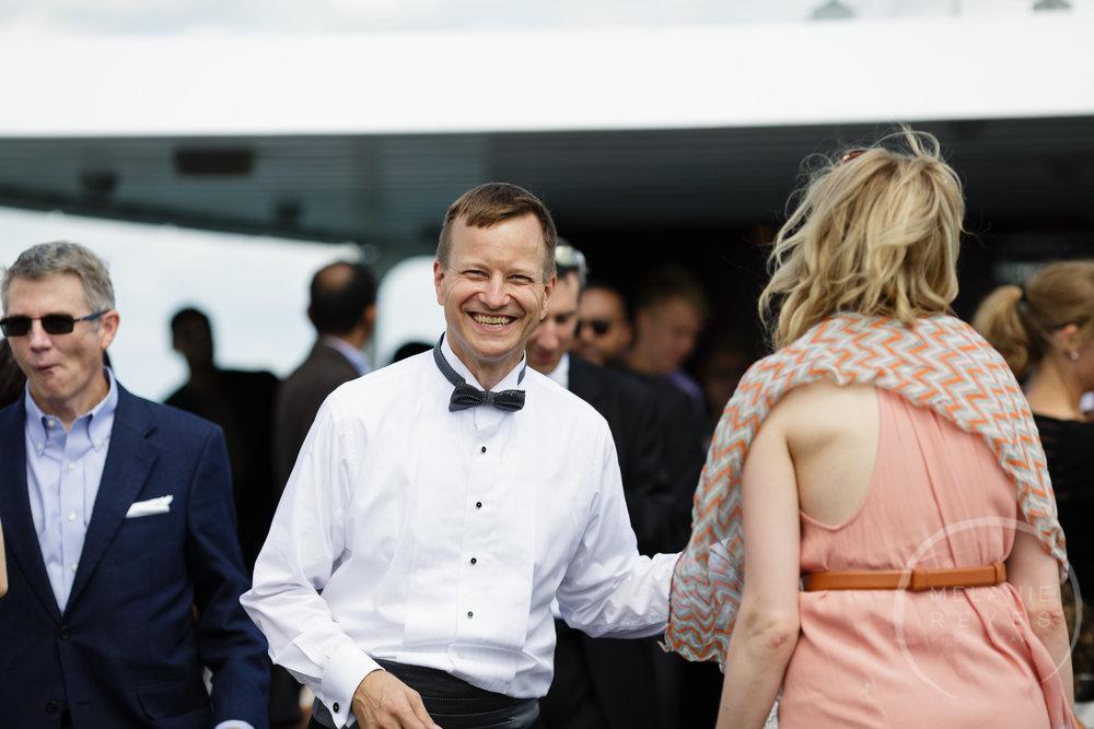 infinity_ovation_yacht_wedding_detroit_melaniereyes52.jpg