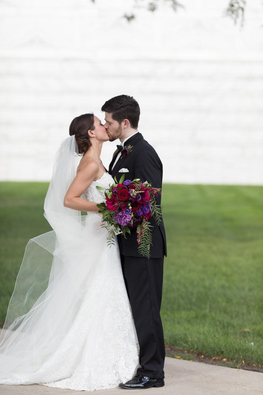 shareyah_John_detroit_wedding_preview_056.JPG