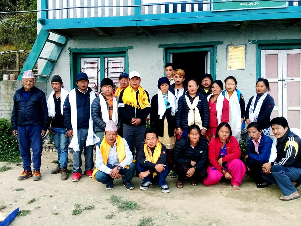 Deusa farmers Co-Operative, formed April 2018 at Deusa Agro Forestry Resource Centre (AFRC), Solukhumbu, Nepal. Co-op members are pictured here with family members and staff from Eco Himal and the Deusa AFRC.