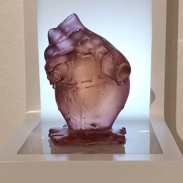 New wall mounted light boxes will debut Friday at the opening for Misremembered. . #fortpointboston #heart #sculpture #gafferglass #light #artistsoninstagram #kilncasting #fpacgallery #glassart #glasslife #misremembered
