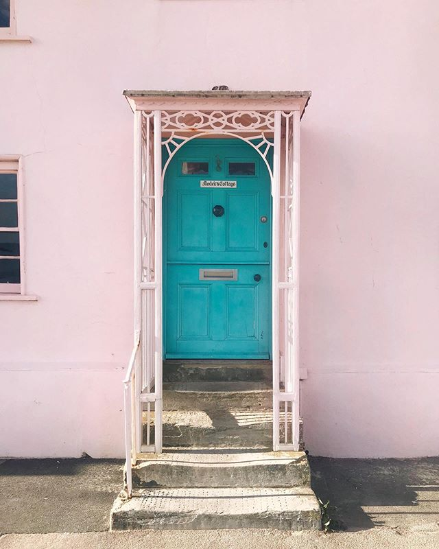 Madeira Cottage #dorset #doorsofinstagram #colorcolourlovers