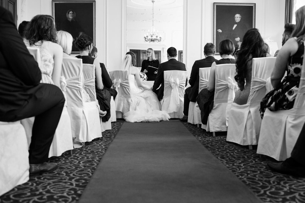 NLPhotography_Taplow_House-Wedding_Photographer_Emily&Alan_BnW-243.jpg