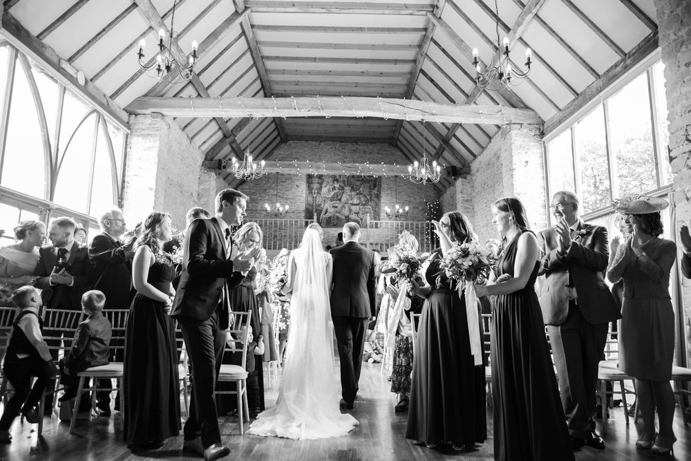The_Great_Barn_Aynho_Nick_Labrum_Photography_Laura&Chris_bnw-333.jpg