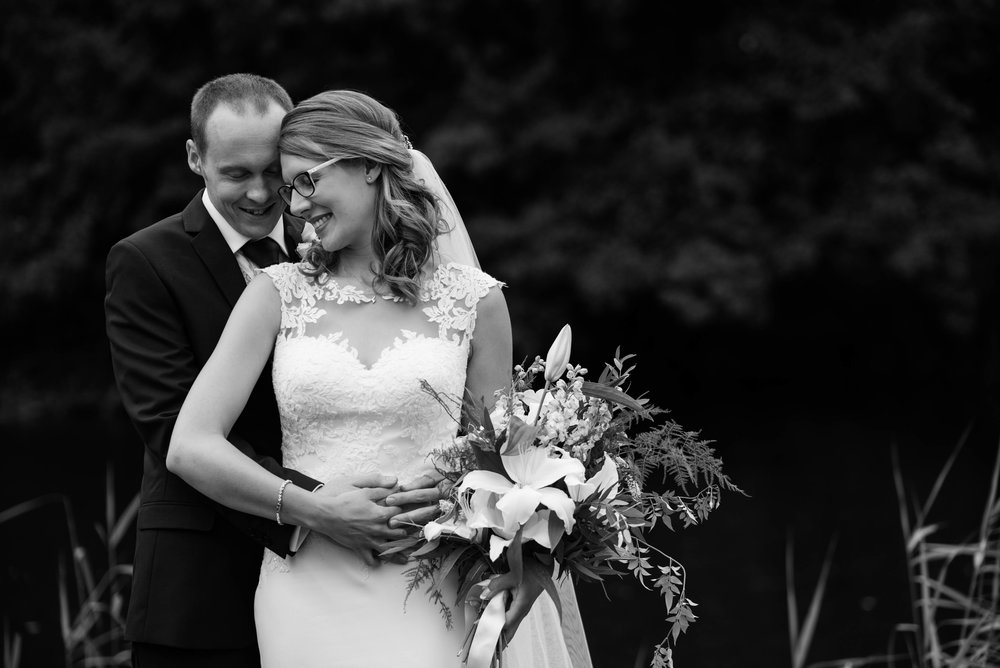 The_Great_Barn_Aynho_Nick_Labrum_Photography_Laura&Chris_bnw-464.jpg