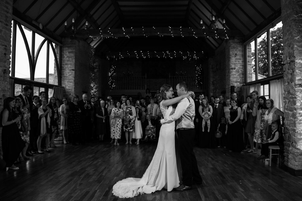 The_Great_Barn_Aynho_Nick_Labrum_Photography_Laura&Chris_bnw-607.jpg