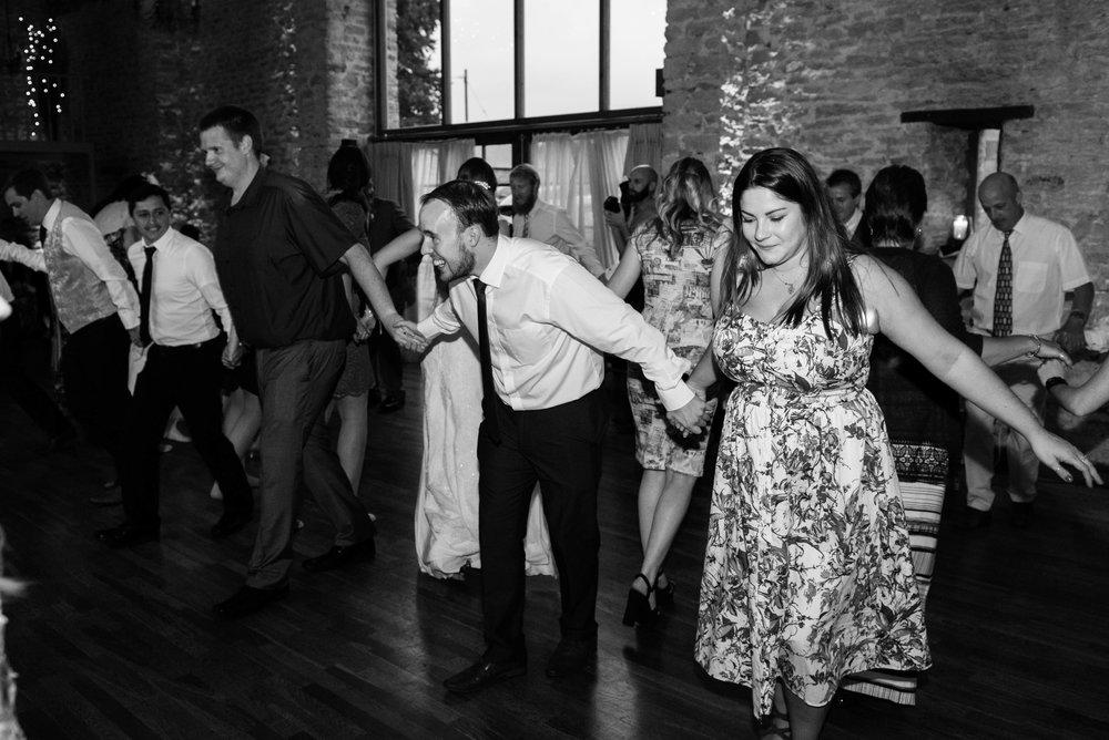 The_Great_Barn_Aynho_Nick_Labrum_Photography_Laura&Chris_bnw-641.jpg
