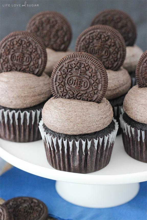 Oreo-Chocolate-Cupcakes5.jpg