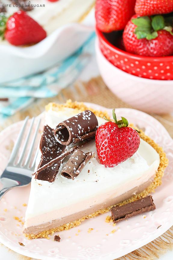 No-Bake-Neapolitan-Cheesecake-Pie7.jpg
