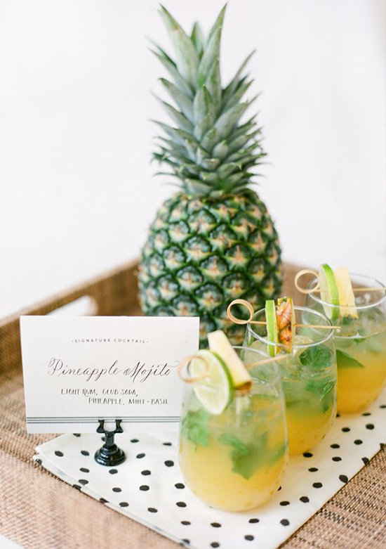 79589_15-must-see-pineapple-wedding-ideas.jpg