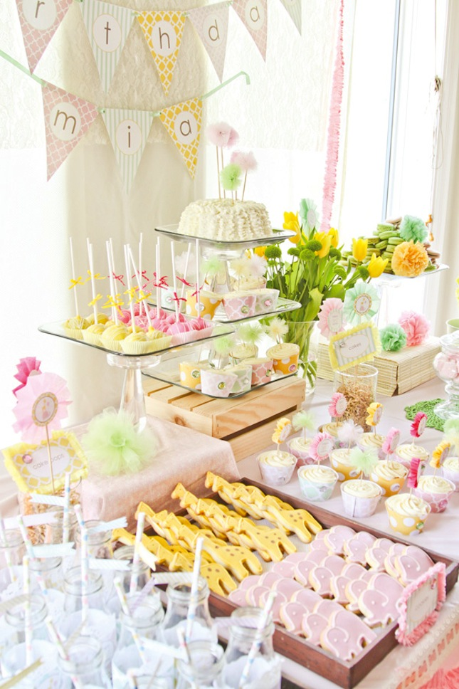 dreamy-safari-princess-first-birthday-party.jpg