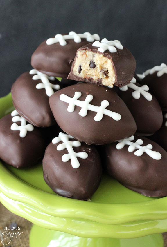Eggless_Cookie_Dough_Footballs6.jpg