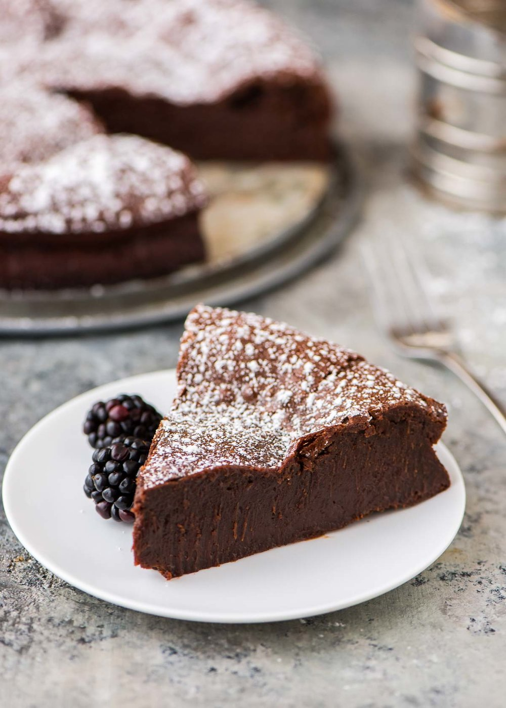 Flourless-Chocolate-Torte-with-Almond.jpg