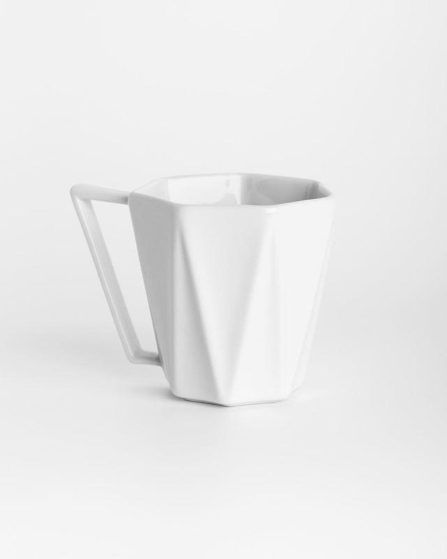 Pure minimalism #Photography #minimalism #productphotography #stilllife #canon6d