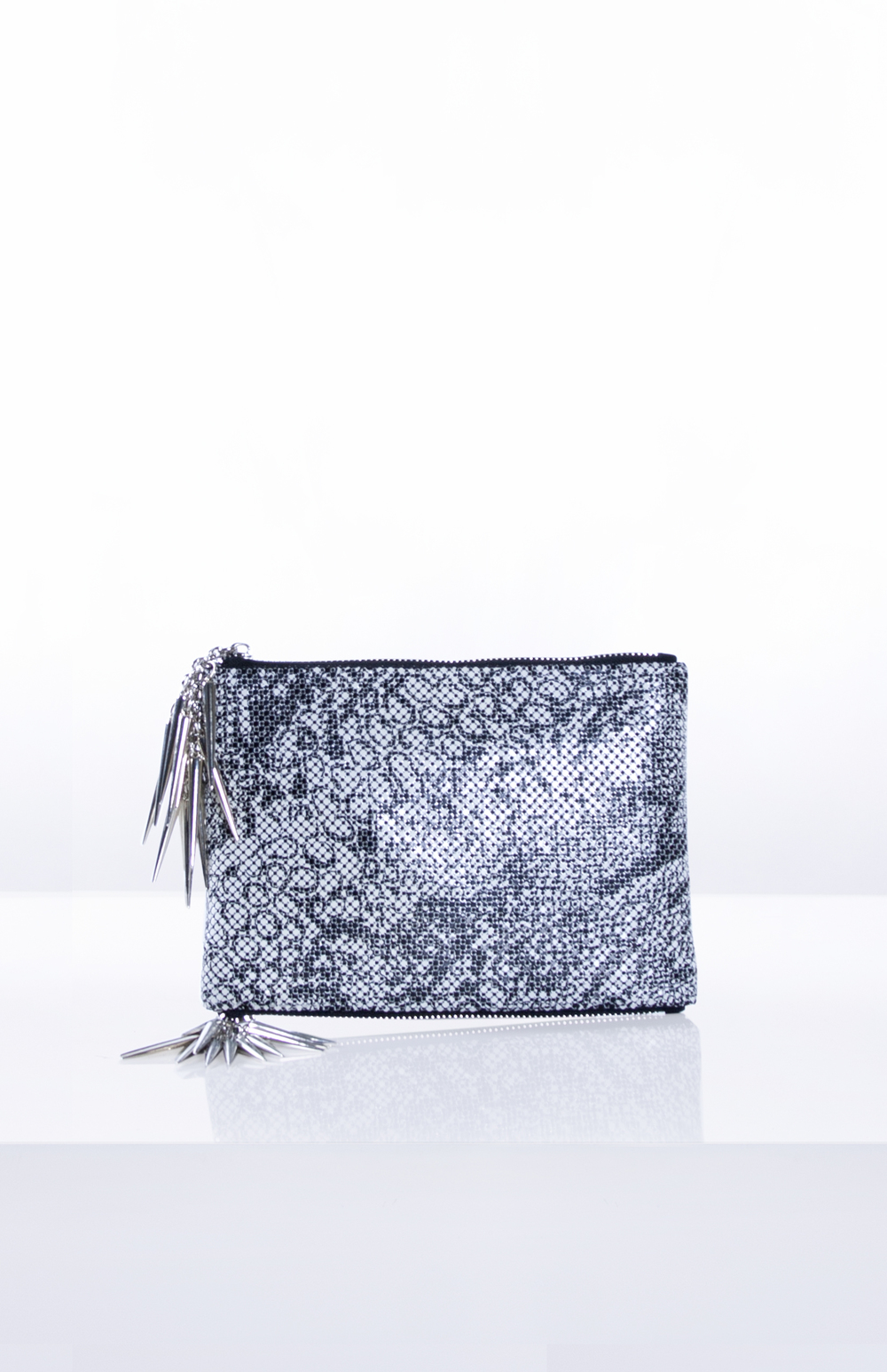 EVE MESH CLUTCH WITH DOUBLE ZIPPER