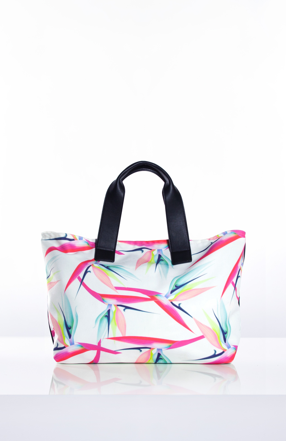 Verge Creative Group's Georgette weekender and beach tote with a custom printed canvas body
