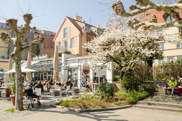 Hotel und Café