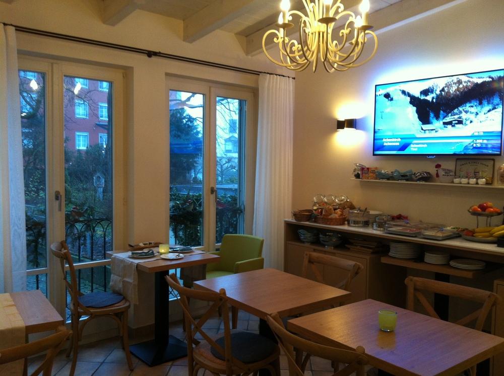 Frühstücksraum / Breakfast room