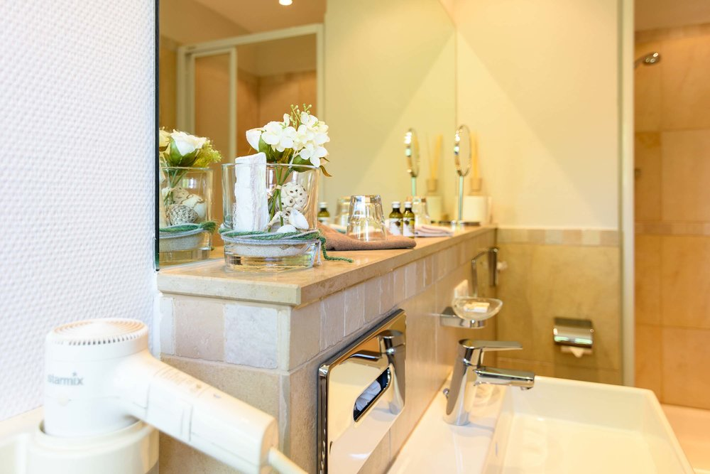 Moderne Badezimmer  - modern bathrooms