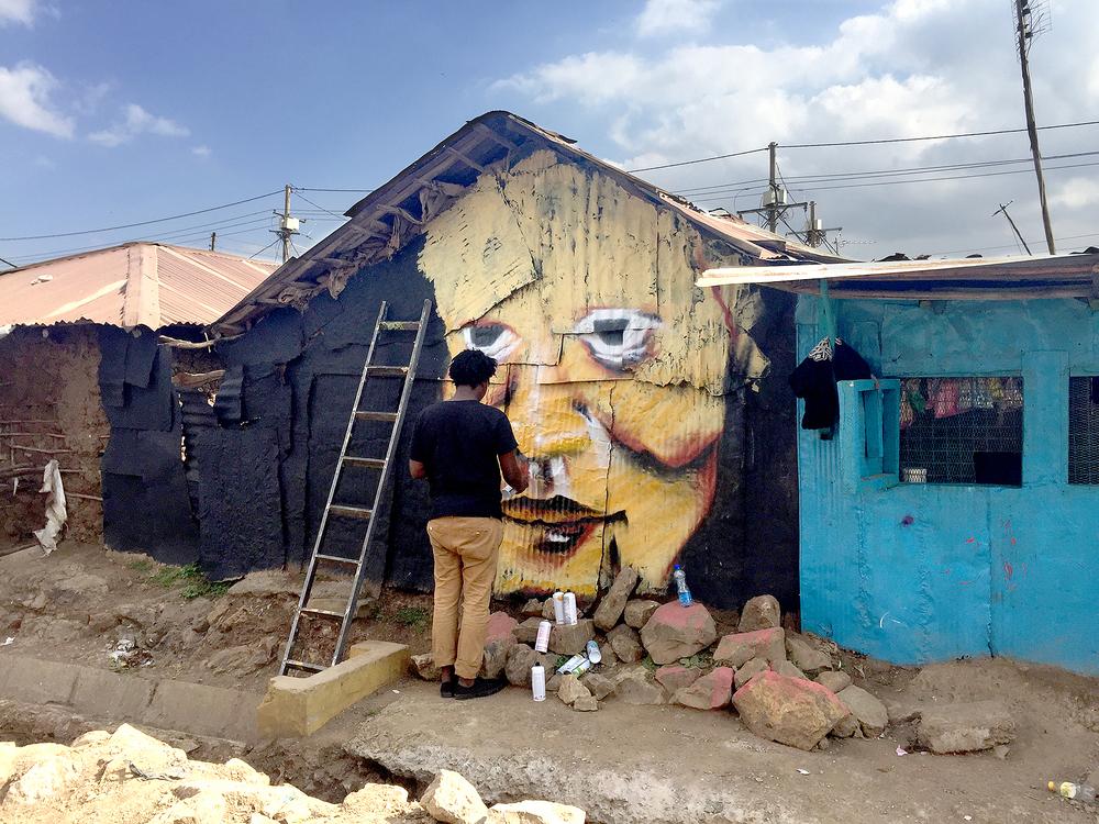 Området har börjat bygga en identitet som en konst- och kulturhubb. Sedan den första väggen gjordes 2012 har två kilometer målats, och idag reser människor från Nairobi för att inspireras eller fotograferas framför dem.
