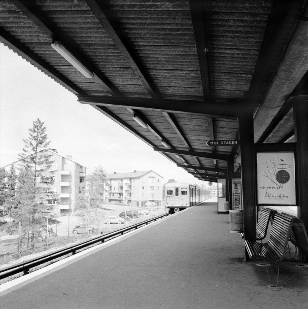 Mot staden. Idén om värdeåterföring speglar en gammal diskussion om det ekonomiska sambandet mellan infrastruktur och bebyggelseutveckling. Bild: Spårvagnsmuseet.