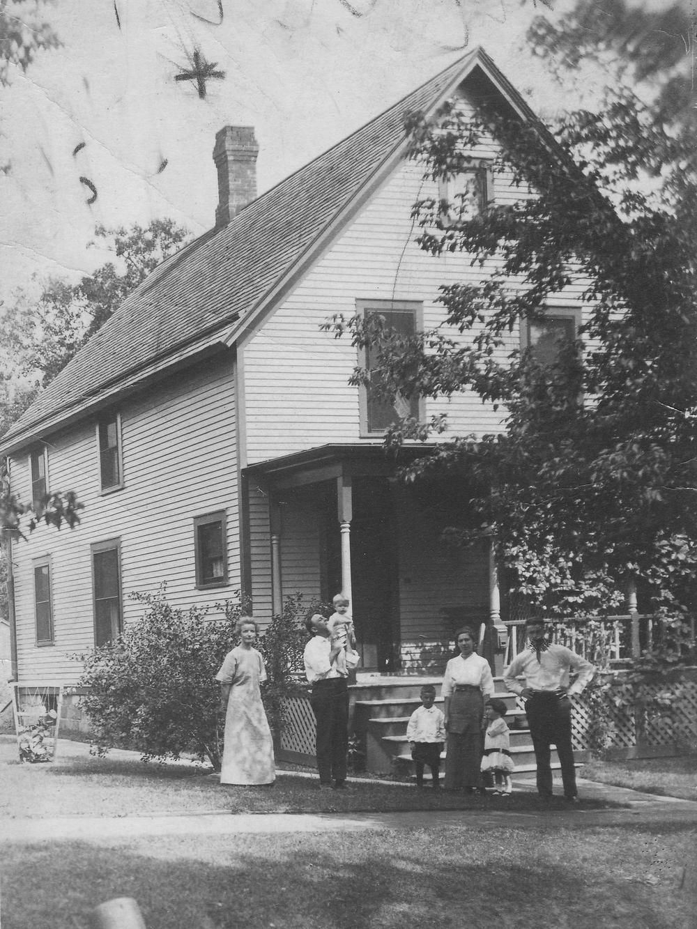 Gauss Family circa 1914
