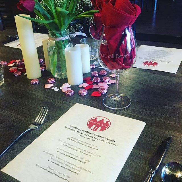 Ready to play some love songs for this sweet dinner! #harpmusic #carltonoregon #rosewine #willamettevalley #wine