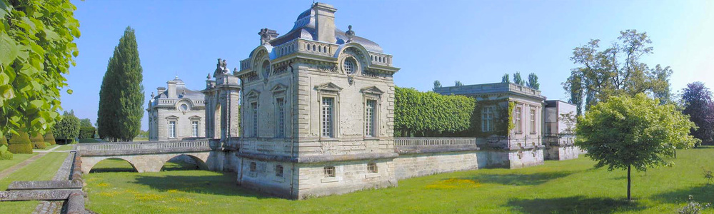 MUSEUM_SliderImages_Castle-SideView_1500x450.jpg