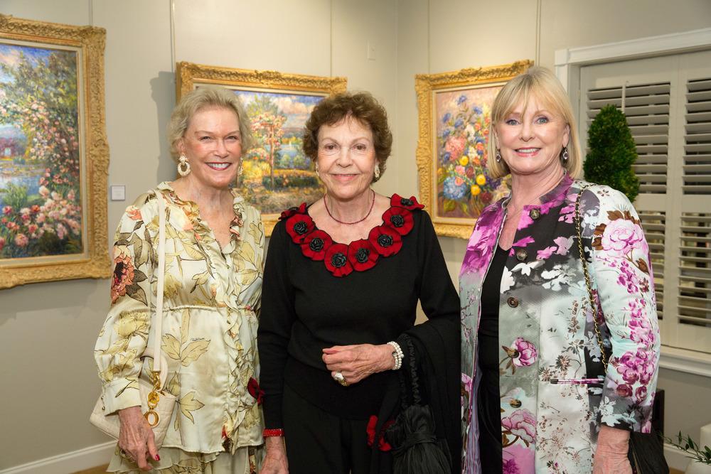 Marqeusa Viuda de San Damin, HRH Princess Maria Pia de Savioaia and Rosalind Clarke