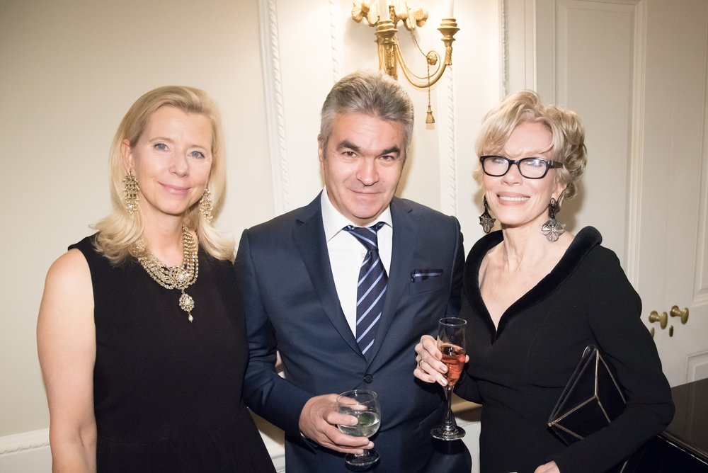 Dorothea De La Houssaye, Stephen Vassilev, Sandy Gotham-Meehan