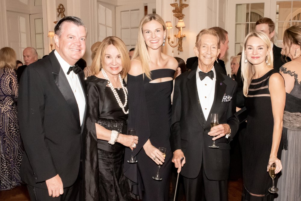 Michael McCooey, Martha Talton, Cullen Daane, Jay Paul, Casey Potter at Annual Gala Dinner of American Friends of Blérancourt  at Private Club in New York on 11/09/2018 (photo by Annie Watt Agency / Sipa USA