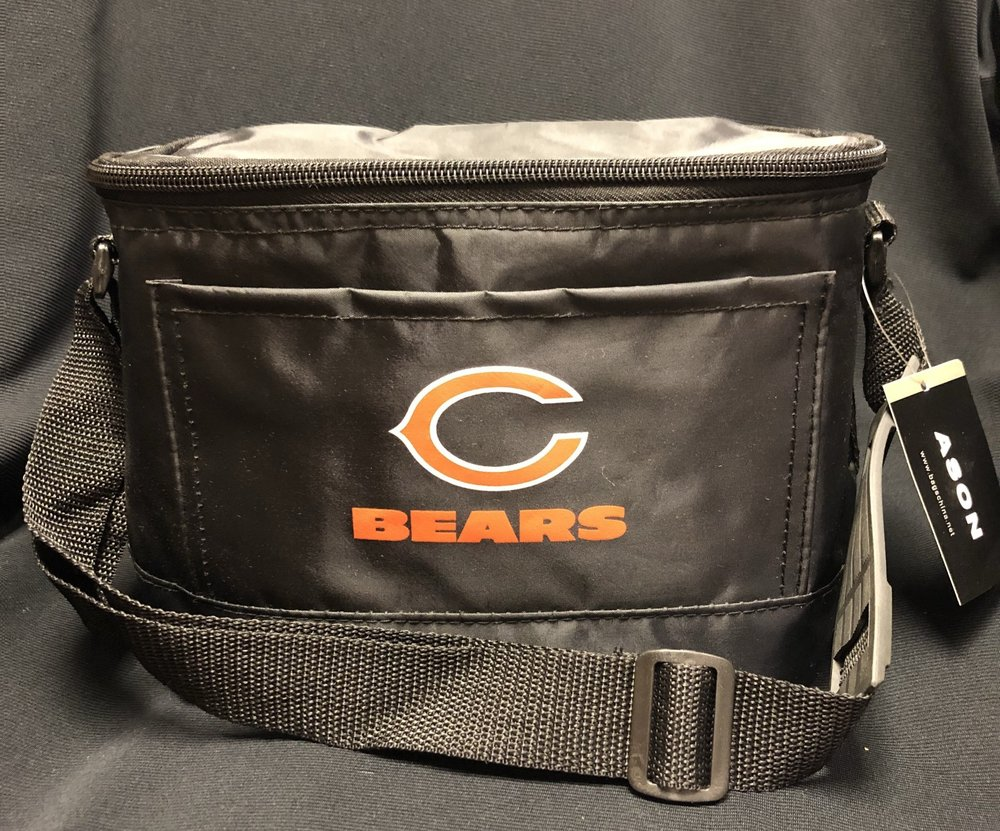 Chicago bears lunch box - $15.00