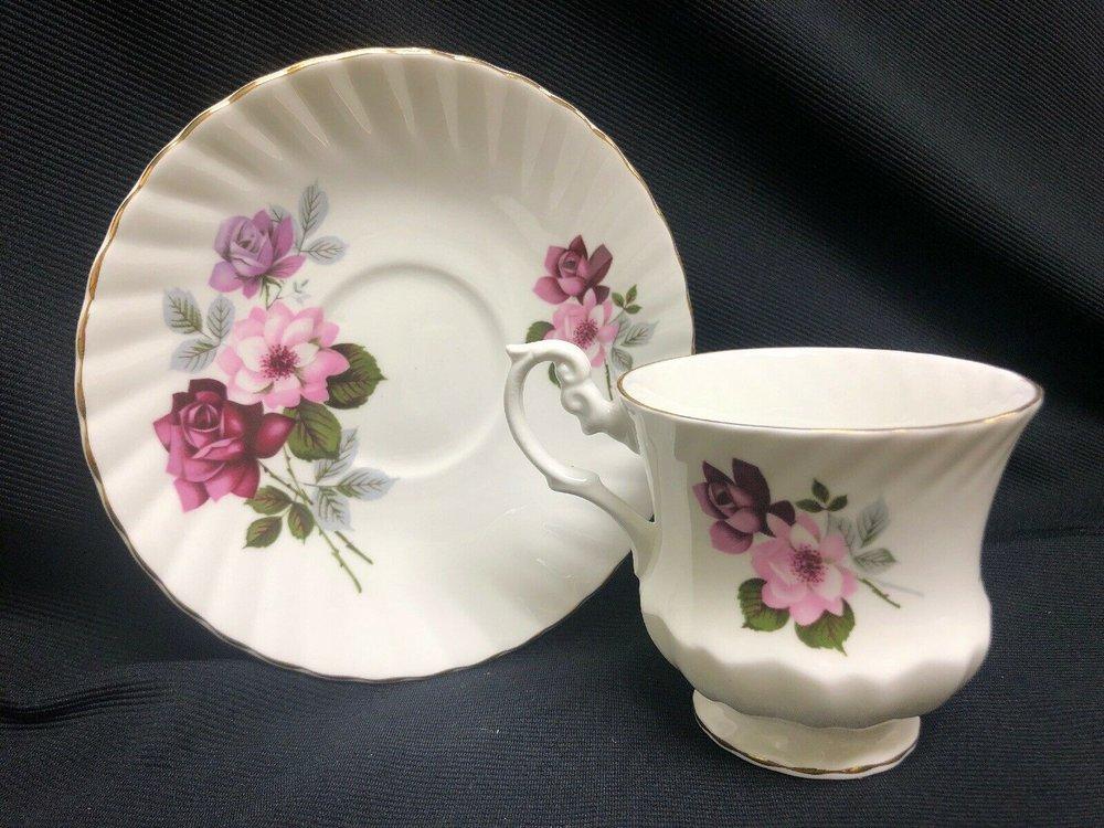 Royal Dover Bone China England Tea Cup & Saucer Pink/mauve Flowers    $14.99